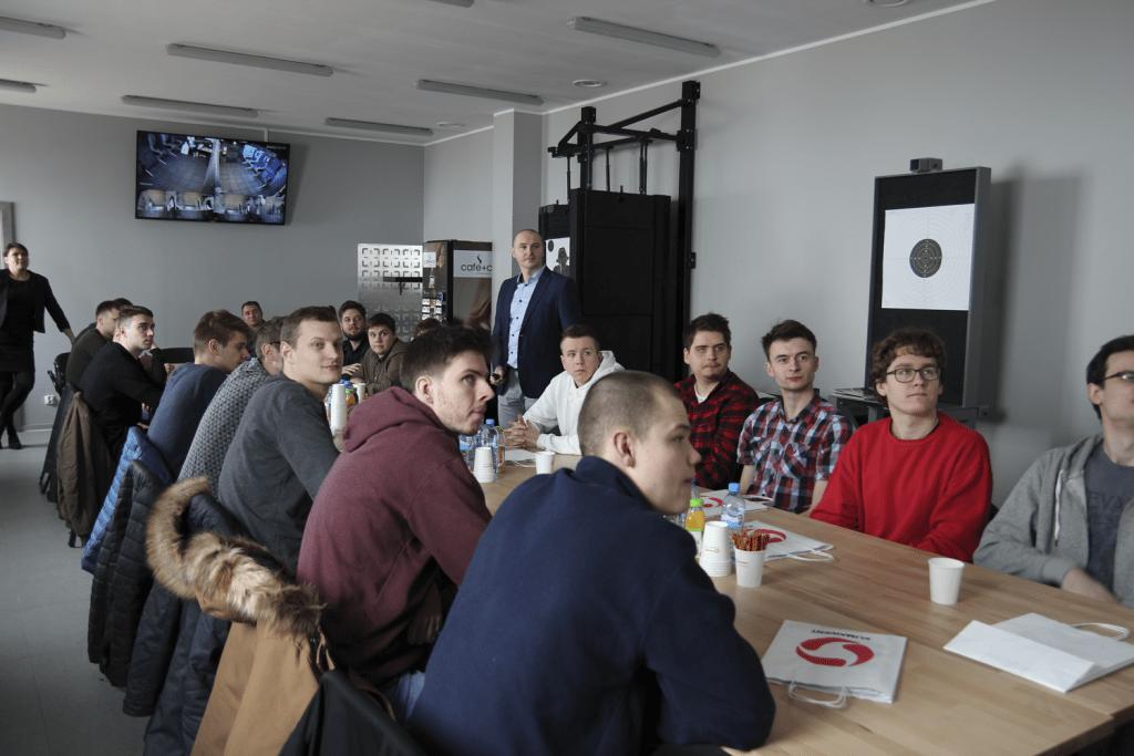 Studenci Politechniki Gdańskiej na produkcji Klimawent