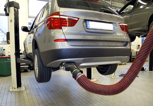 Odsysacze spalin w salonie BMW Bawaria Motors w Gdańsku